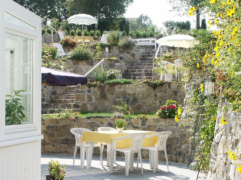 Emejing mediterraner garten kosten images for Gartengestaltung 20 qm